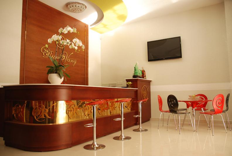 Khách sạn Rum Vàng II