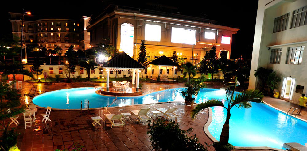 khách sạn sammy vũng tàu - bể bơi