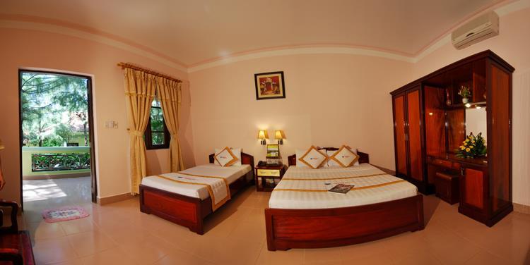 Phòng Hotel vườn (1-2 pax)