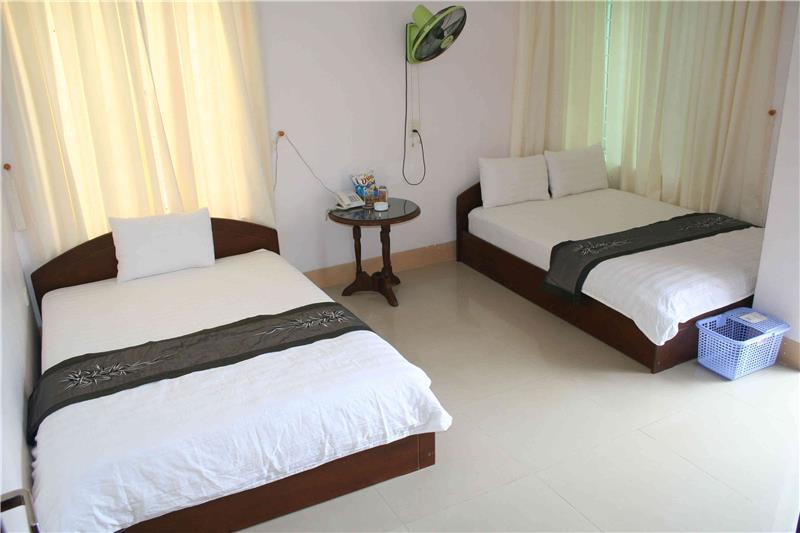 Phòng 2 giường- 4 khách